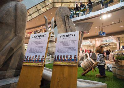 Hinweistafeln zur Osterinselausstellung