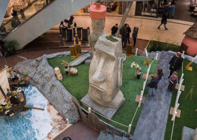 Brunnenüberbauung in Kassel mit Moaifigur